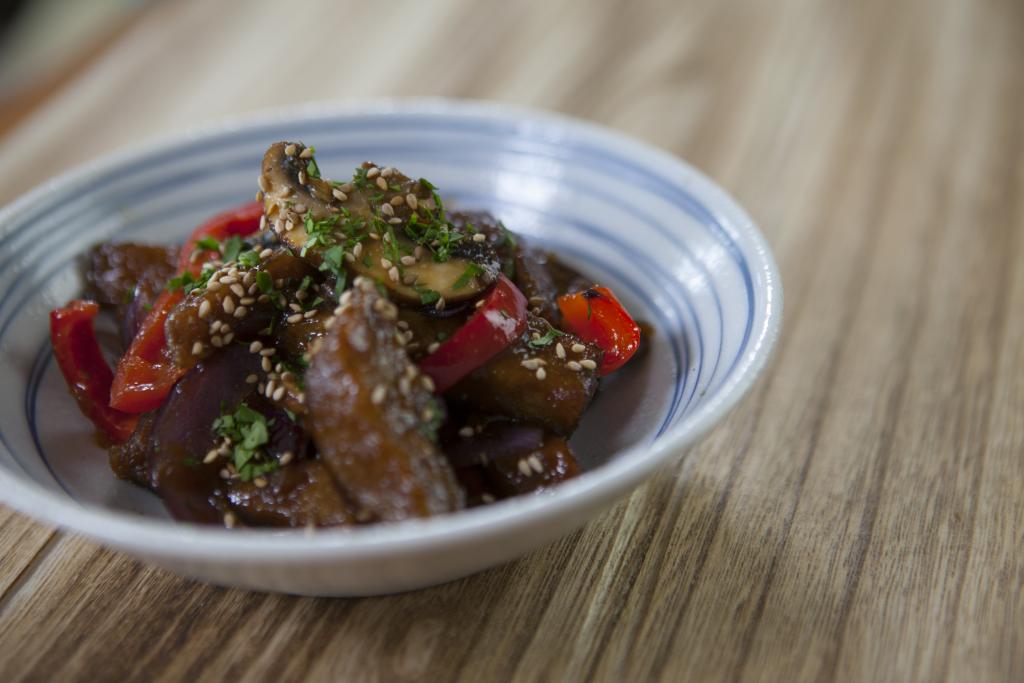 Como Cocinar Seitan | Recetas Japonesas Como Preparar Seitan Con Verduras Taka Sasaki